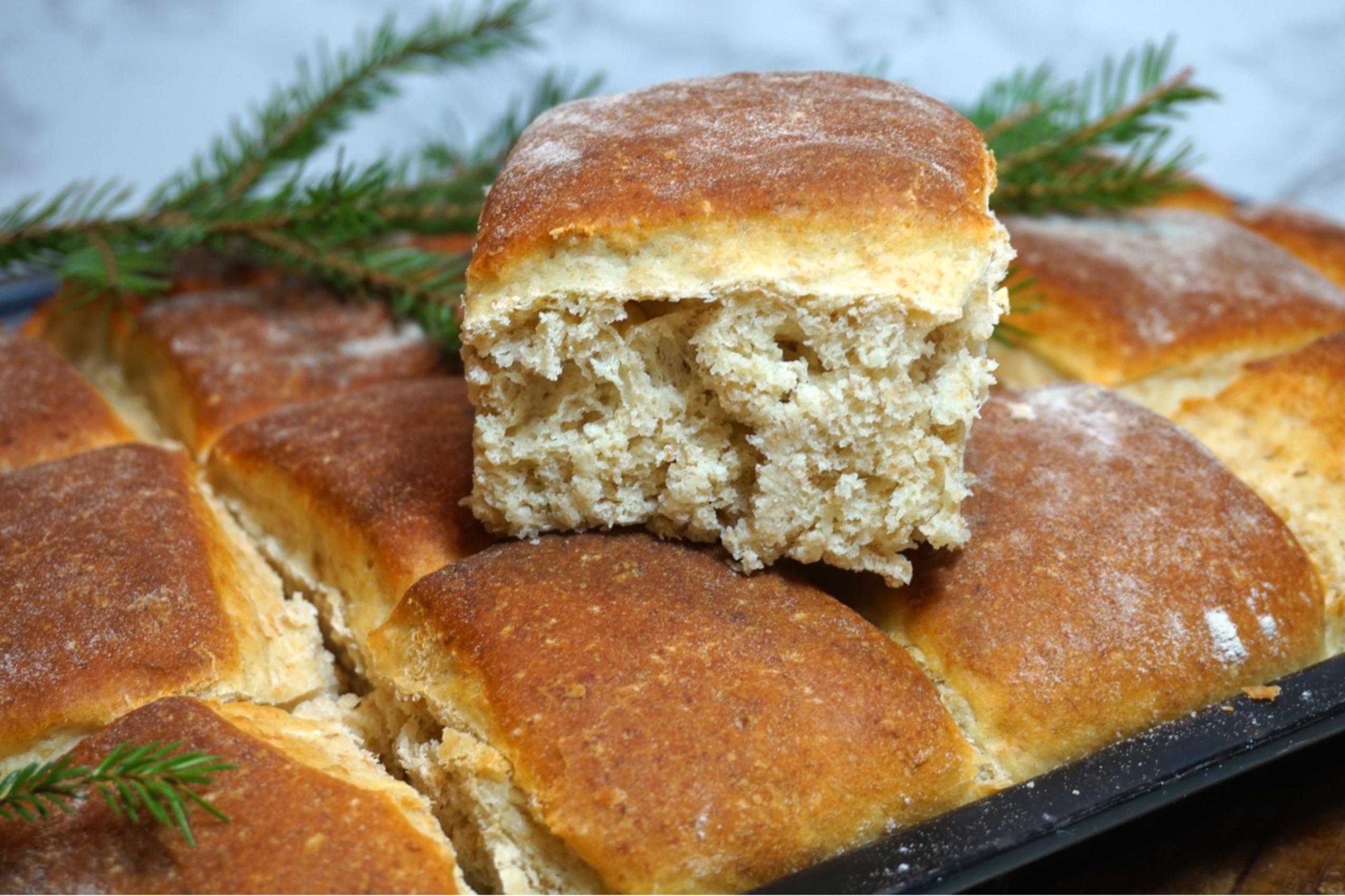 bröd med filmjölk i långpanna